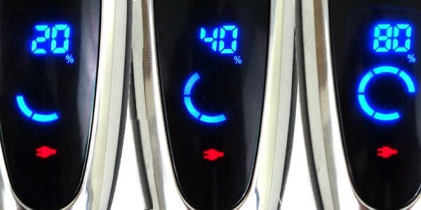 Panasonic Arc5 5-blade Electric Shaver display screen during charging