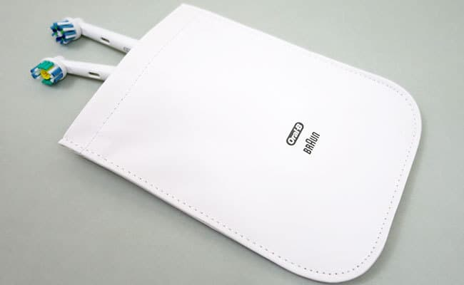Oral-B White 7000 electric toothbrush travel pouch