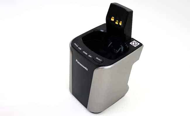 Panasonic Arc 3 electric shaver automatic cleaning station