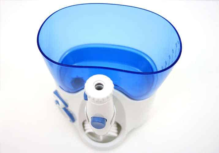 Waterpik Ultra water container with lid removed
