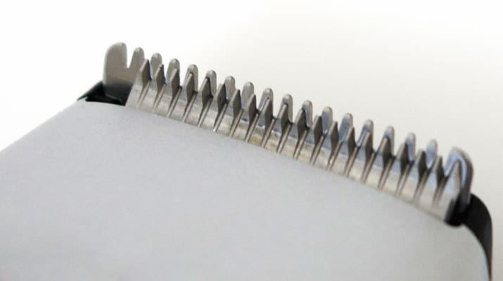 Braun BT5090 Beard Trimmer metal blade and comb