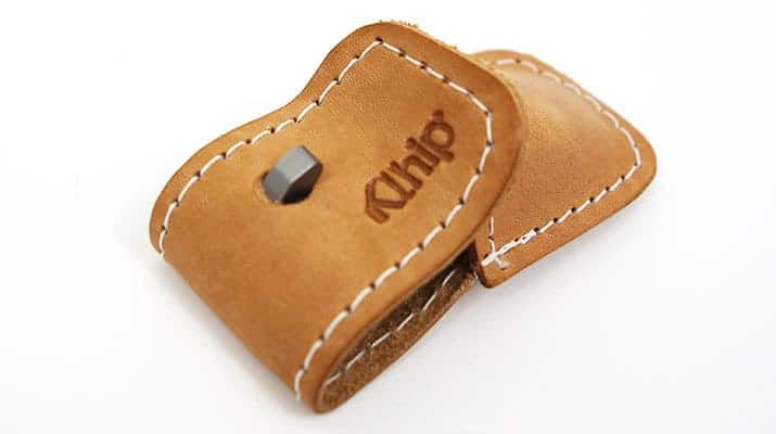 Close up on Khlip Ultimate Nail Clipper Leather Pouch