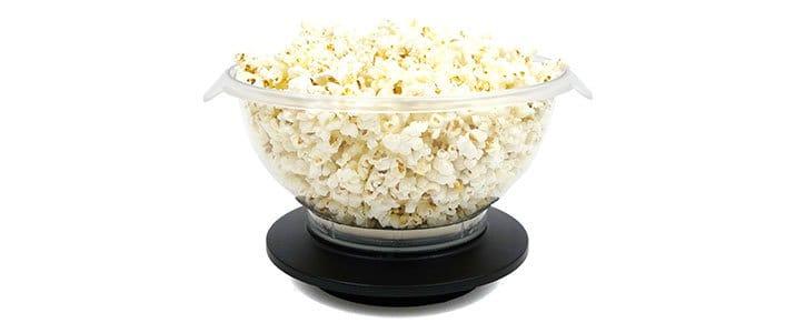 Plastic microwave popcorn popper