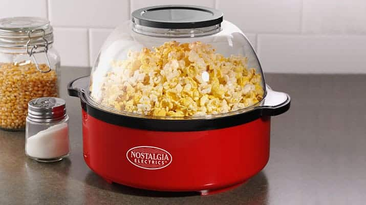 Stirring popcorn makers