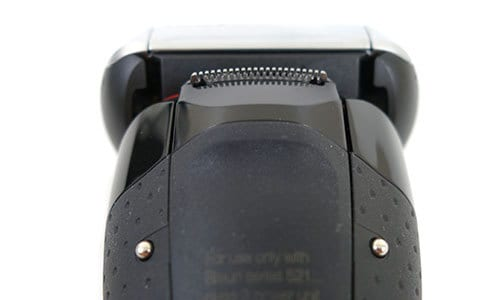 Braun Series 5 5090cc Electric Shaver close up of metal charging studs
