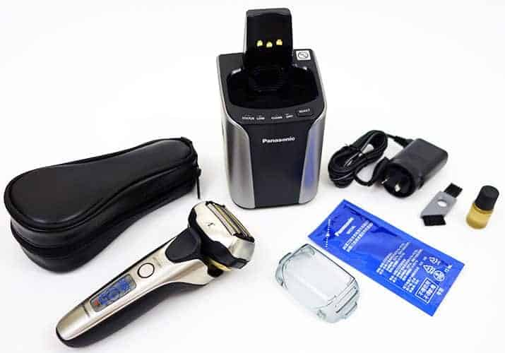 Panasonic Arc 5 ES-LV9N electric shaver and accessories that come in the box