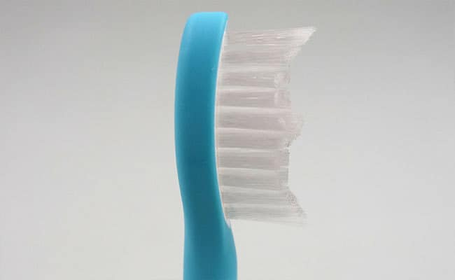 Philips Sonicare For Kids Electric Toothbrush standard brush head bristles close up