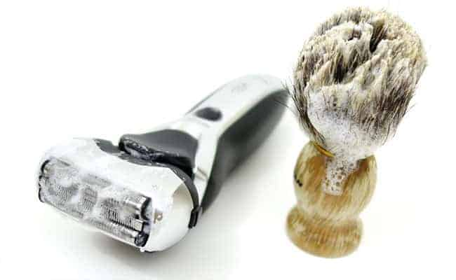 Wet/Dry electric shaver coated in shaving foam