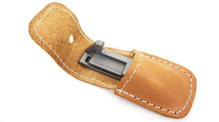 Khlip Ultimate nail clipper with leather pouch open