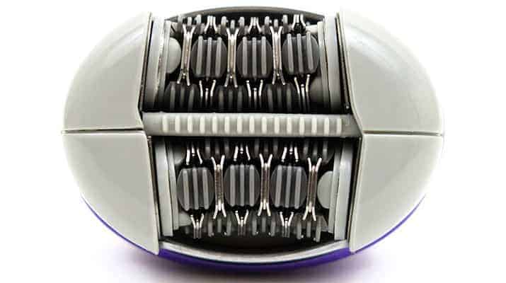 Emjoi Emagine Rechargeable epilator AP-18R close up on 72 disc epilating head