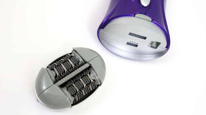 Emjoi Emagine Rechargeable epilator AP-18R  with epilating head removed from body